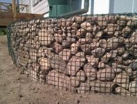 Gabionas_Užpildas iš vietoje surinktų akmenų